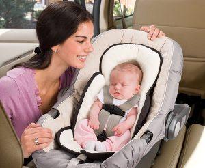 Обезопасьте своего ребенка с помощью детского автокресла